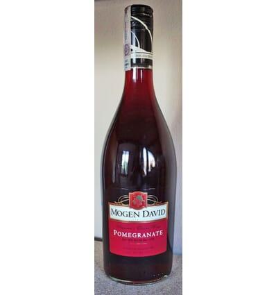 Pomegranate Mogen David wine 750ml